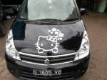 stiker-mobil-hello-kitty