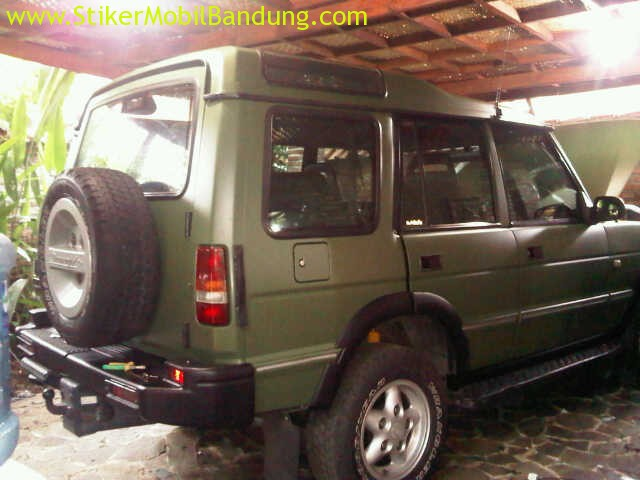stiker mobil full body Land Rover
