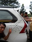 Cutting-Sticker-Spiderman-mobil-Toyota