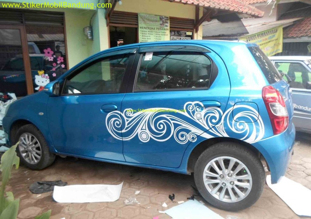 Striping Stiker Cantik