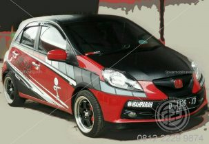 Stripping Racing Mobil Honda